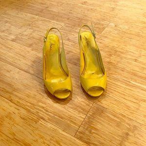 Cole Haan Yellow Slingback Open Toe Heel